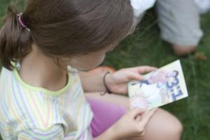 Children AMEC reading literatura (5)